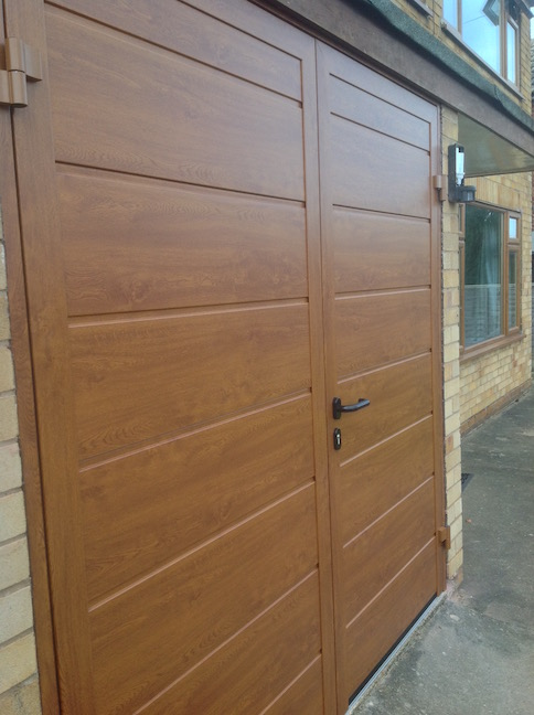 Hormann Side hinge Double- Leaf Door in Golden Oak