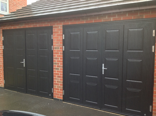 Ryterna doors in black with Georgian squares