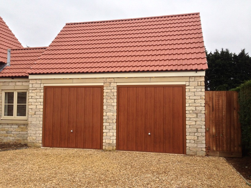 Hormann Decograin Golden Oak doors by lincs garage door services ltd