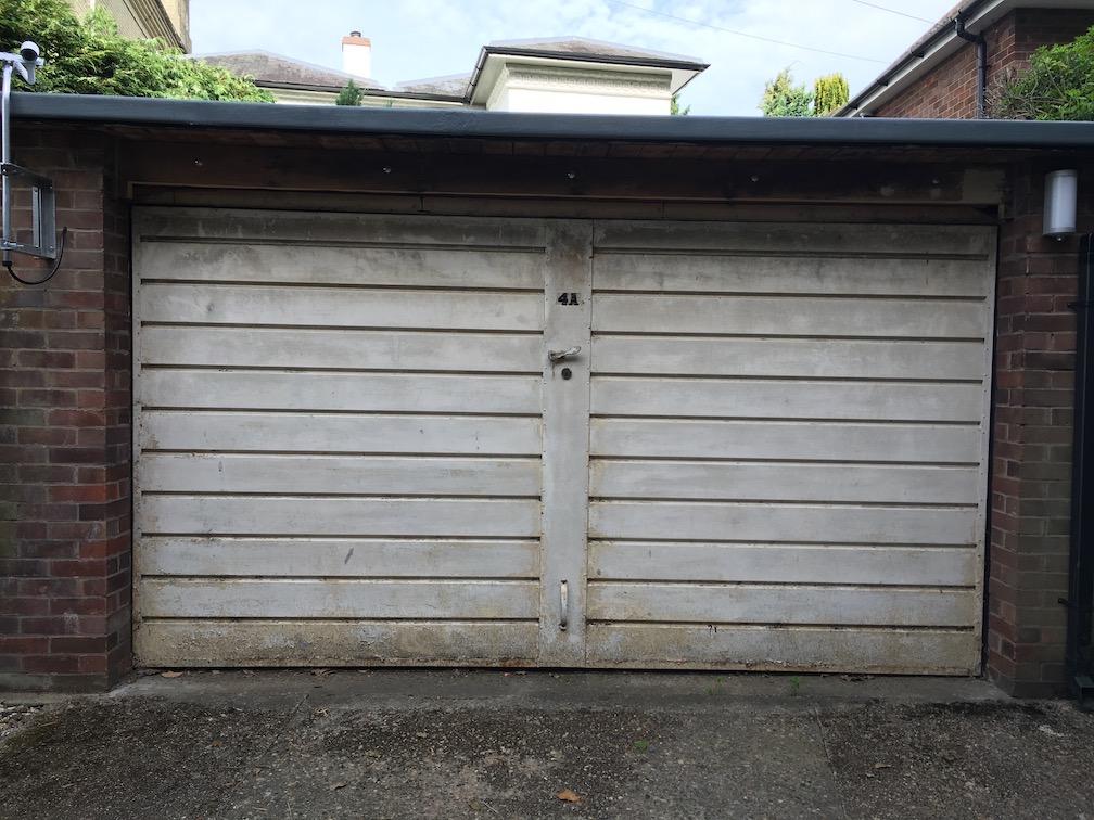 Old double door before update