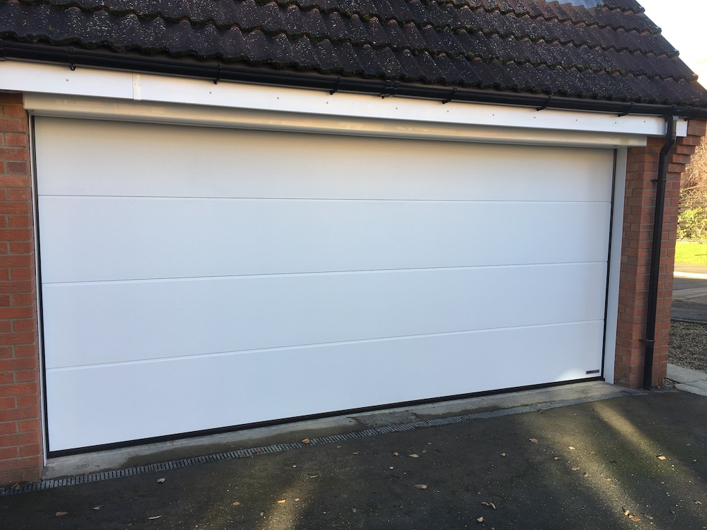 New Hörmann LPU 67 Sectional door installed