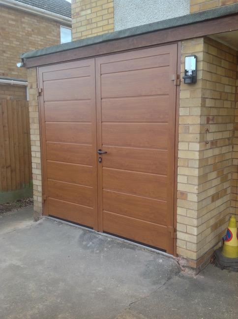 Hormann Side hinge Double- Leaf Door in Golden Oak