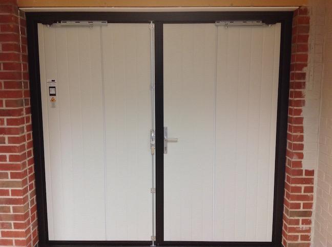 Inside Ryetna door