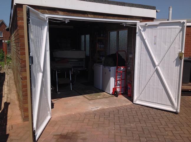 Wessex Side Hinge Doors doors open