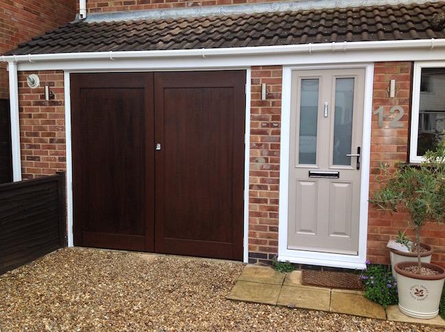 Wessex Side Hinge Doors in Dark Oak