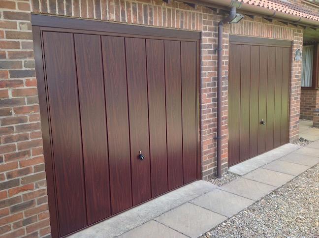 2 Hörmann Decograin doors in Rosewood