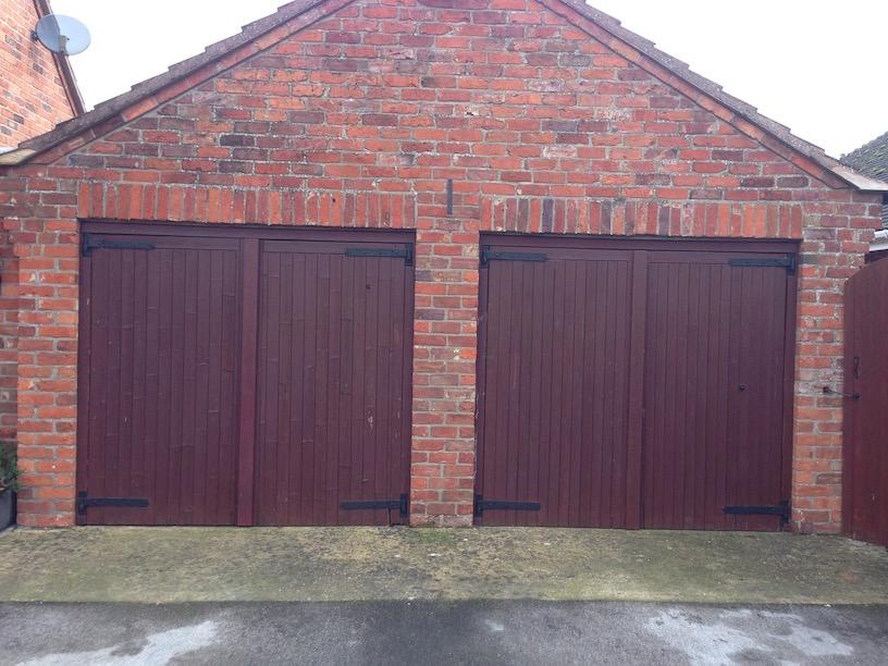 2 x wooden doors before update