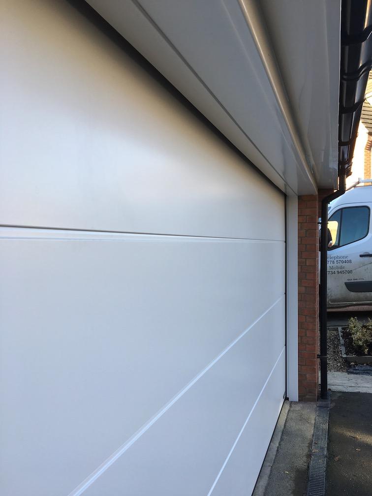 New Hörmann LPU 67 Sectional door installed