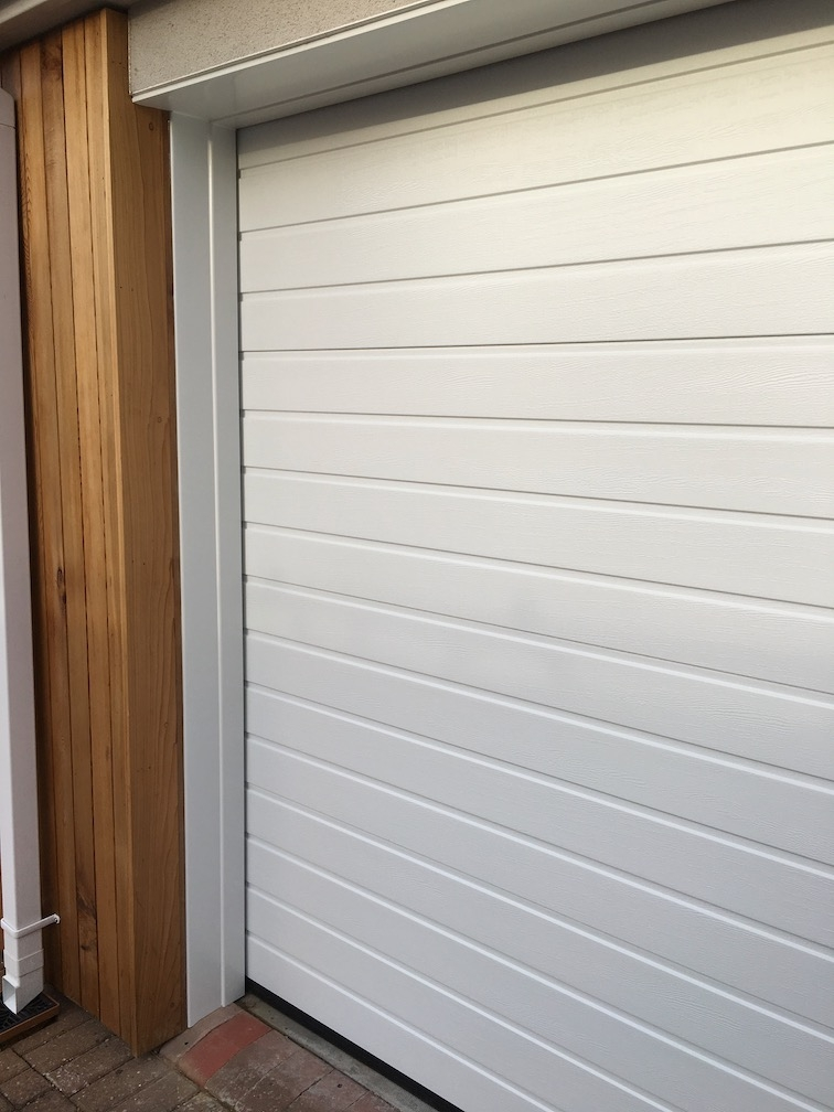 Hörmann S-ribbed sectional door