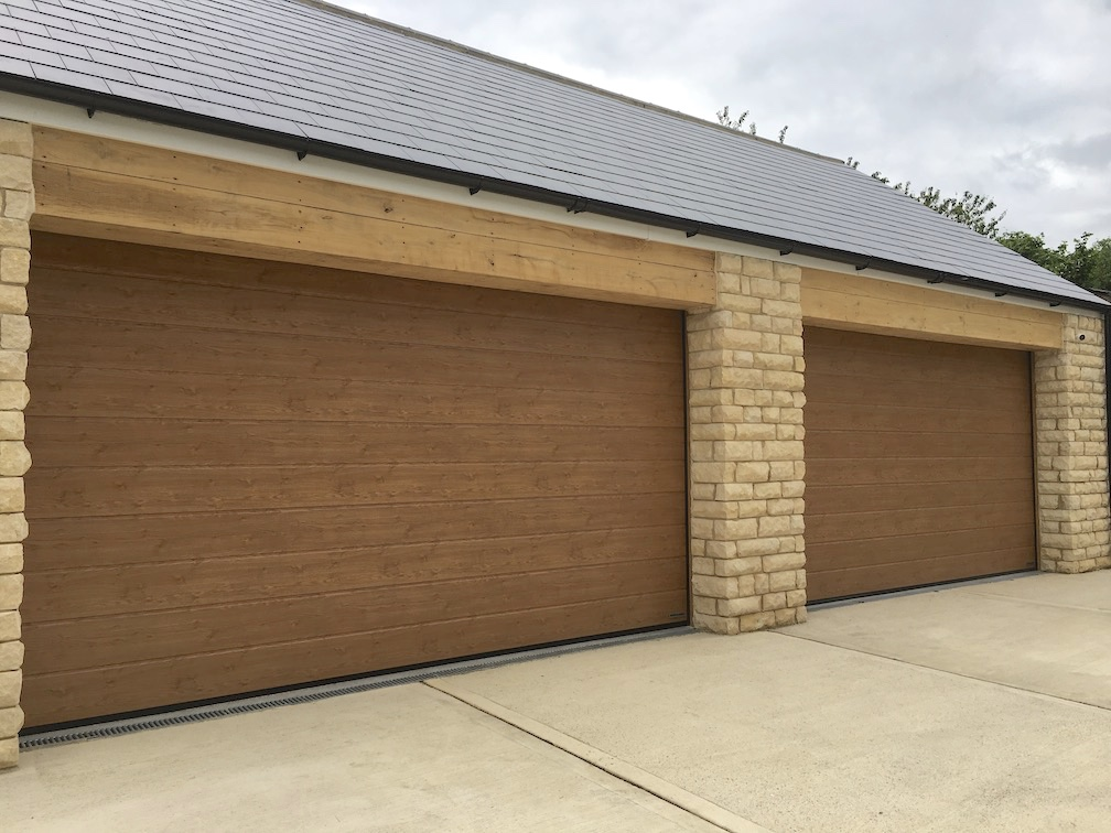 Hörmann sectional door M-Ribbed in Winchester Oak
